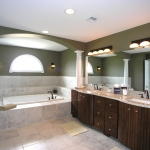Advantages and Disadvantages of Buying Your Bathroom Remodeling Supplies Online